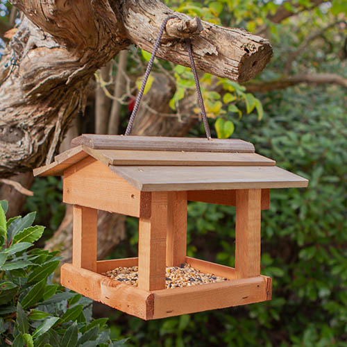 Hanging Bird Table STAB01000