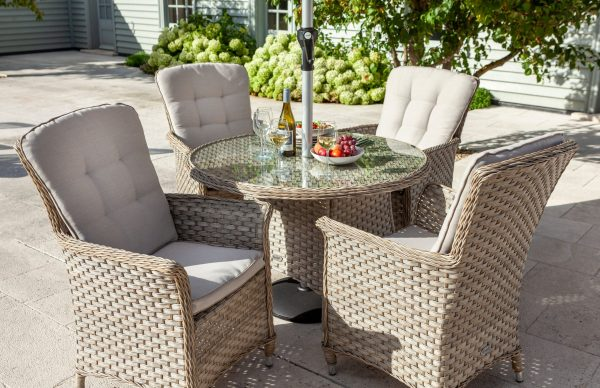 Hartman Heritage 4 Seat Round Dining Set (Beech and Dove)