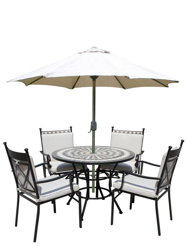 LG Outdoor Casablanca 4 Seat Highback Dining Set with Eclipse Parasol