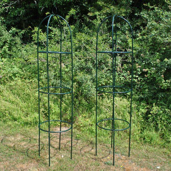 Set of 2 Metal Garden Obelisks