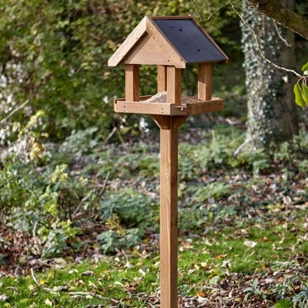 Complete bird table