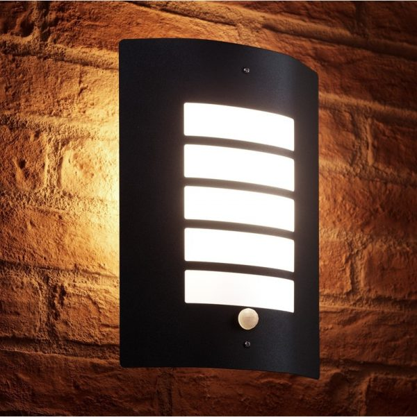 Auraglow Dusk Till Dawn Photocell Daylight Sensor Switch Outdoor Wall Light, Warm White - Black