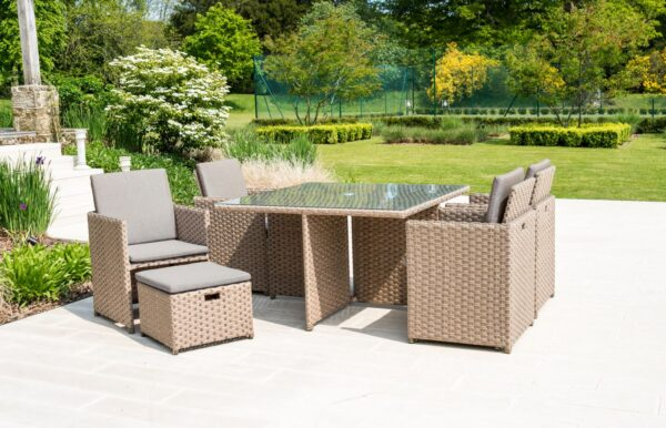 Alexander Rose 4 Seat Grand Rattan Cube Dining Set with 4 Stools